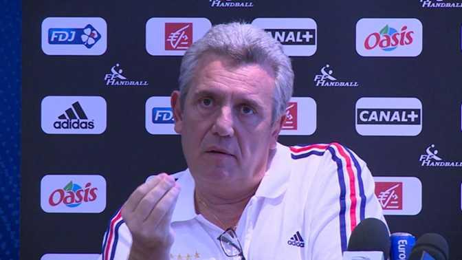 Mondial - Onesta s'explique sur Fernandez