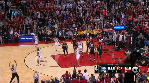 Basket : NBA - Play-offs - Les Raptors renversent Indiana à Toronto
