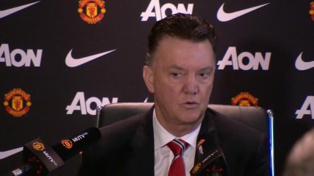 En conférence de presse juste avant le match contre Aston Villa, le coach des Red Devils a fait une déclaration surprenante. Le technicien néérlandais a confié ne toujours pas être satisfait du fond de jeu de sa formation et compte travailler sur ce point pour assurer des résultats dignes du standing de Manchester United.