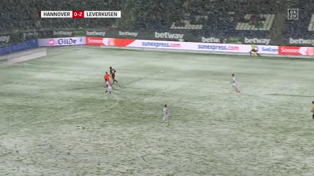 Schnee verhindert Anschlusstreffer von Hannover   Bundesliga Highlights