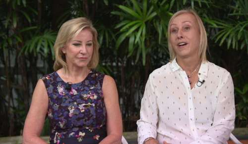 WTA Singapore: Evert & Navratilova Interview