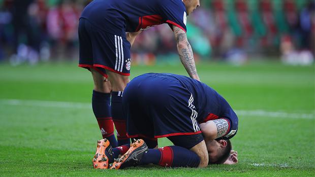 Bayern mit Slapstick-Eigentor