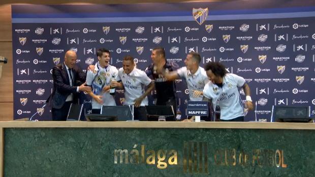 Dusche für Zidane! Marcelo und Co. stürmen PK