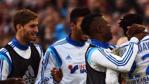 Marseille champion d'automne, Saint-Etienne défense de fer et Alexandre Lacazette qui fait mieux que Lionel Messi : tout ce qu'il faut retenir de la 19e journée c'est dans l'Essentiel de la Ligue 1.