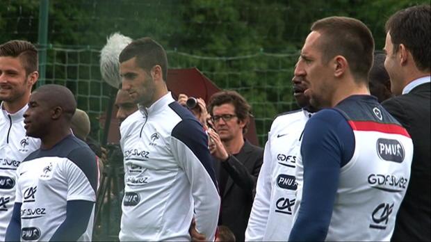Foot : Bleus - Deschamps laisse la porte ouverte à Ribéry