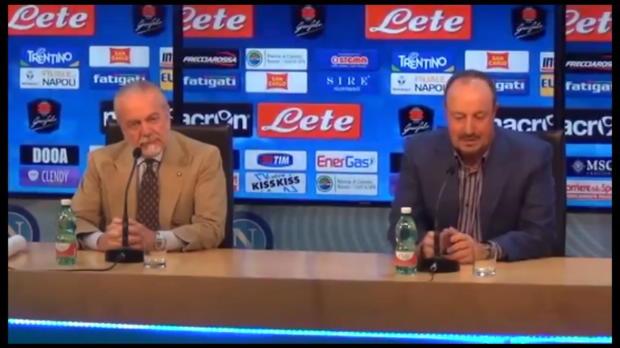 Rafa Ben�tez anuncia su adi�s al N�poles