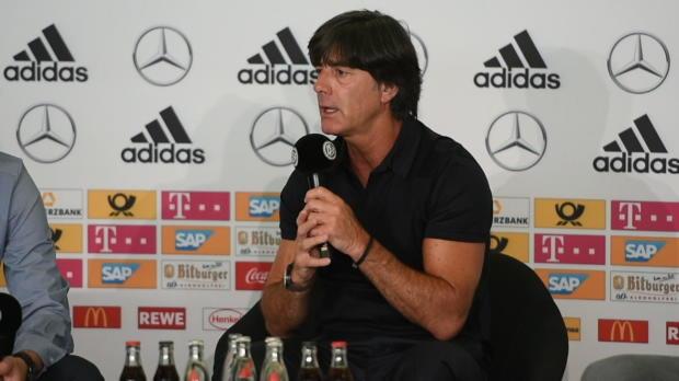 """Löw zu Überlastung: """"Manche Spieler kippen weg"""""""