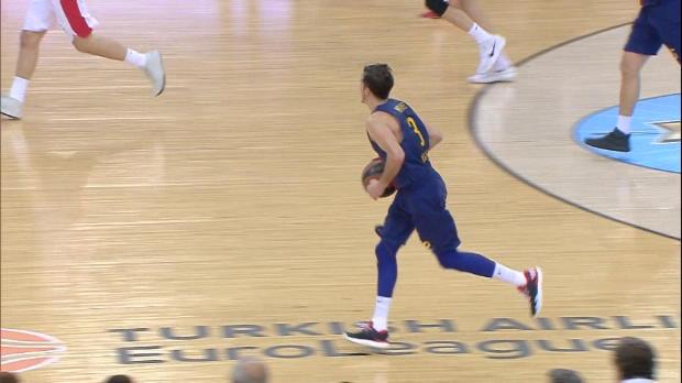 Basket : Euroligue (26e j.) - La belle passe de Heurtel sur Claver