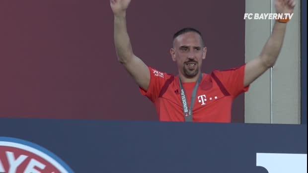 FCB-Meisterfeier und Robbery-Abschied