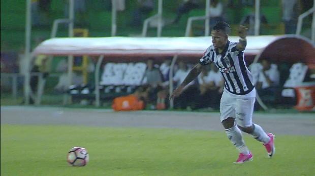 Copa Libertadores: Flatter-Freistoß ins Glück