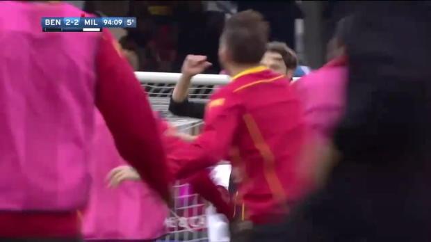 90+5 Benevento-Keeper gleicht gegen Milan aus