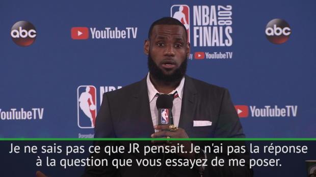 Basket : Finales - Agacé par les questions d'un journaliste, James s'en va