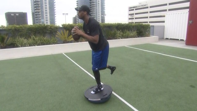 Watch Geno Smith work out on his recovery from ACL surgery