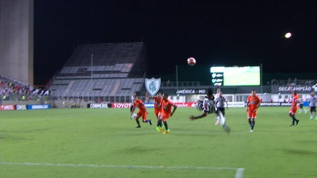 "Copa Libertadores: Robinhos ""Fail""-Rückzieher"