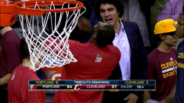 Basket : NBA - Cavs - Irving fait danser LeBron