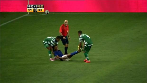 Foot : Video - Portugal : Nani veut jouer les ambulanciers