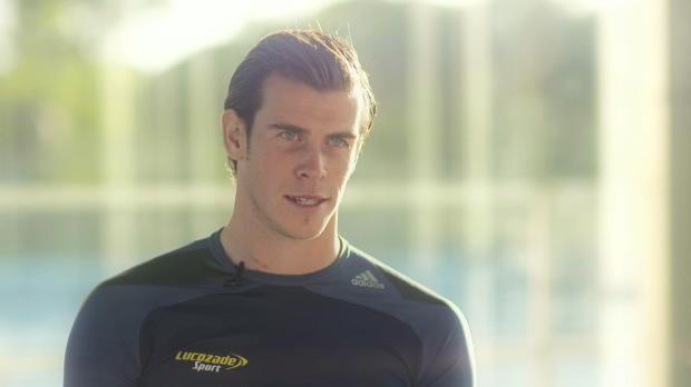 Gareth Bale raconte ce que faire partie du Real Madrid signifie pour lui, et confie qu'il voit Cristiano Ronaldo comme le modèle à suivre pour progresser.