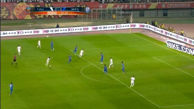 """لقطة: الدوري الصيني: هدف باتو """"الخاطف"""" للأنفاس يؤكد سطوة كوانجيان أمام شينوا"""