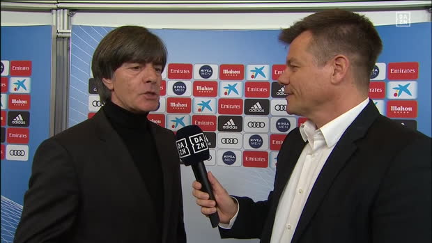El Clasico: Joachim Löw im Halbzeit-Interview