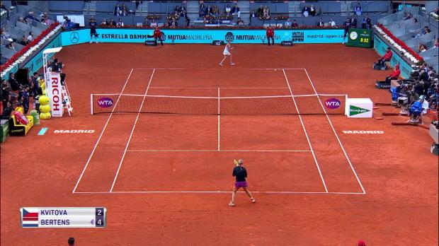 Tennis : L'action du jour - Le superbe passing revers en bout de course de Kvitova