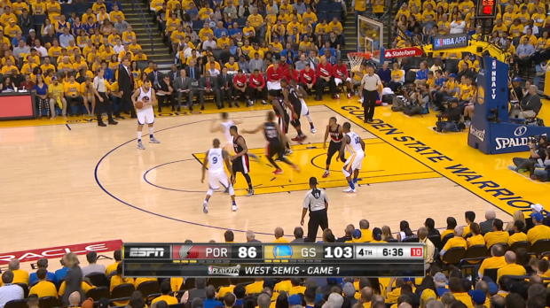 Assist of the Night: Klay Thompson