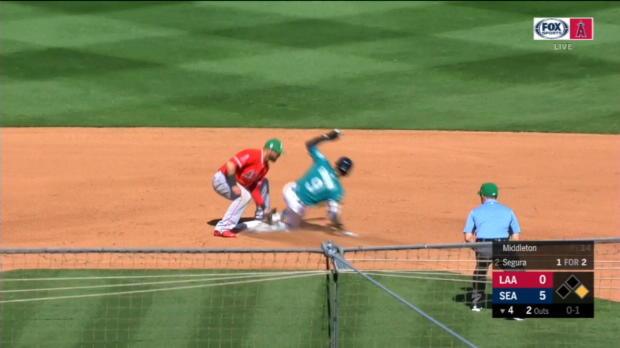 Rivera throws out Gordon
