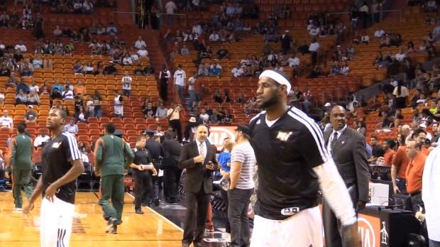 """Basket : NBA - Cleveland - Varejao - """"LeBron est pardonné"""""""