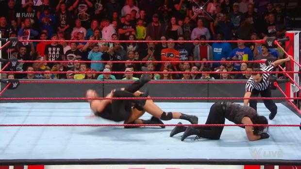 The Shield vs. Braun Strowman, Drew McIntyre & Dolph Ziggler: Raw, Oct. 15, 2018