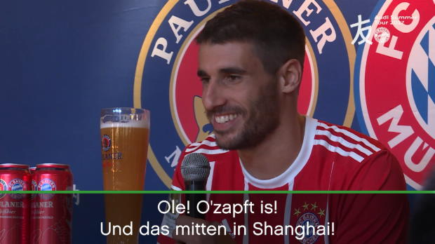 FCB-Star Martinez in Shanghai: Ole! O'zapft is