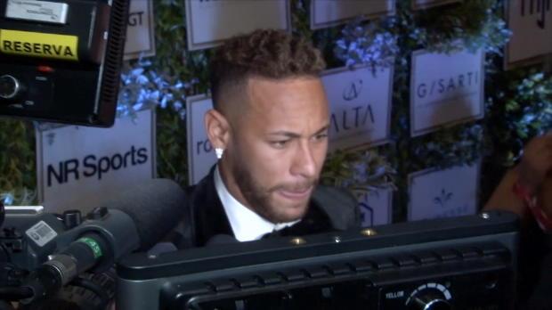 """Neymar adelt Ronaldo: """"Eine Legende, ein Genie"""""""