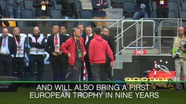United pitch walk before Ajax final