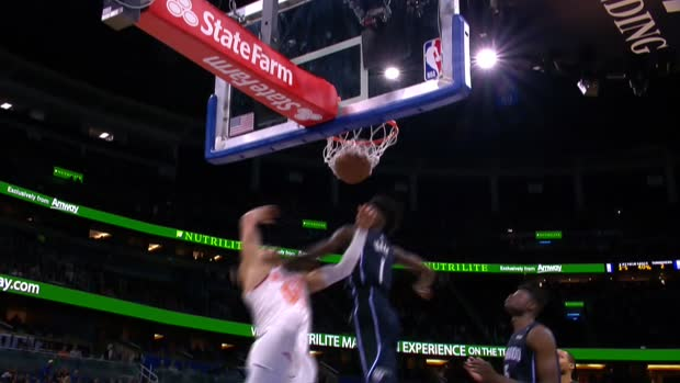 Dunk of the Night : Enes Kanter