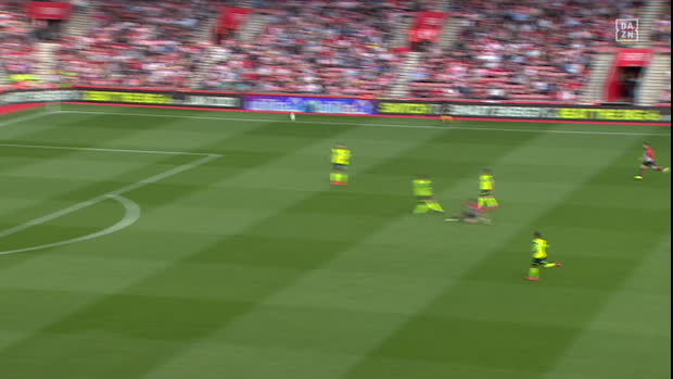 Premier League: Southampton - Huddersfield | DAZN Highlights