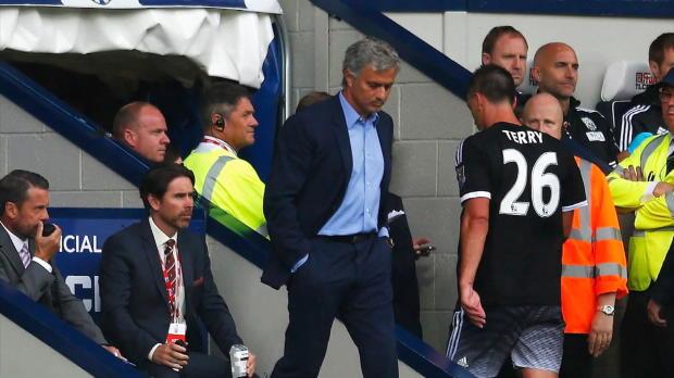 """Terry enttäuscht nach Rot? Mou: """"Er tanzt"""""""