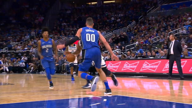 Block of the Night: Aaron Gordon
