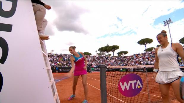 Tennis : Rome - Pliskova détruit la chaise de l'arbitre à coups de raquette
