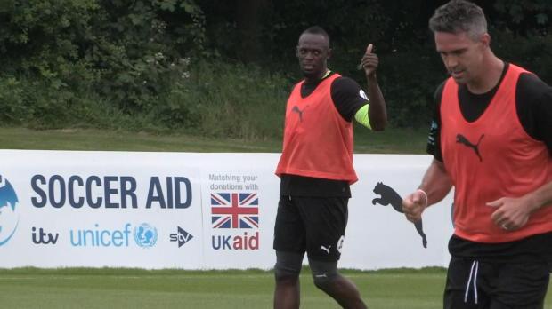 Bolt zaubert wieder bei Soccer-Aid-Training