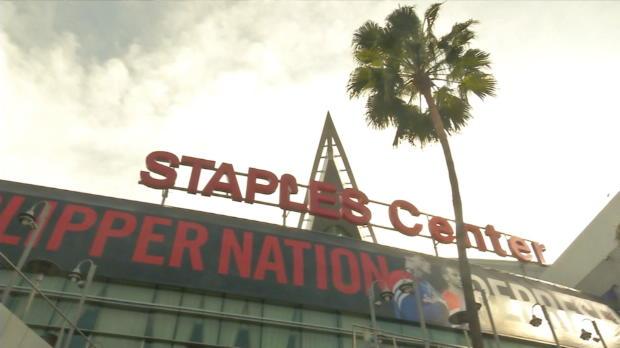 Los seguidores de los Clippers contentos por la marcha de Sterling