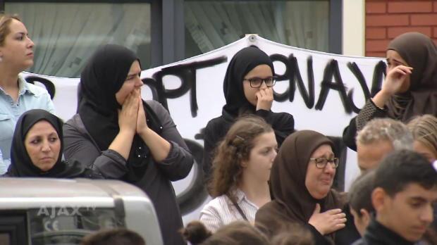 Nach Herzattacke: Fans besuchen Familie Nouri