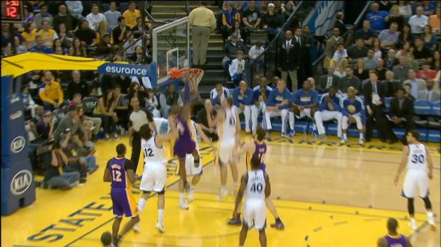 Kobe Bryant's double-clutch reverse dunk!