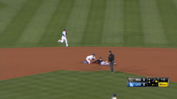 Grandal catches Maybin at second