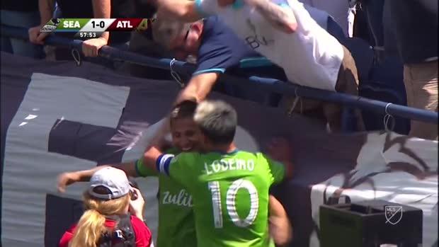 Seattles Ruidiaz beweist ganz viel Ballgefühl und tanzt Atlanta aus! | MLS
