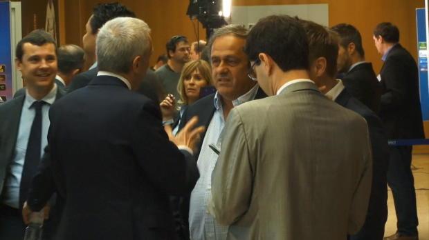 "UEFA: Platini: ""Lockern Financial Fairplay"""