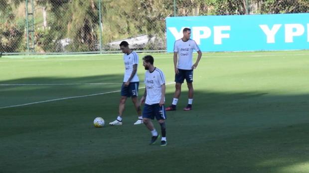 WM-Quali: Sperre! Messi beleidigt Linienrichter