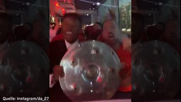 Party-Alarm! Alaba und Ribery feiern die 7. Meisterschaft in Folge
