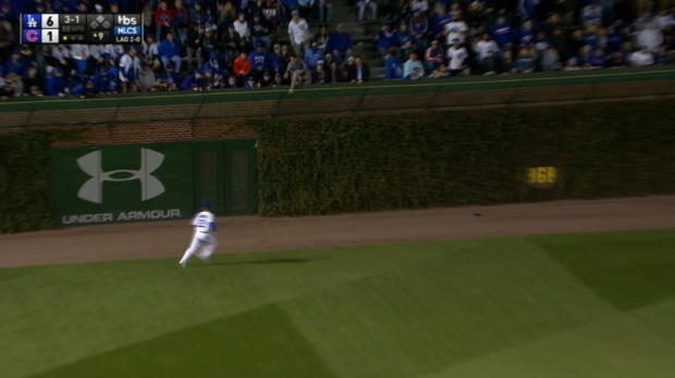 Schwarber throws out Puig