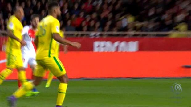 لقطة: كرة قدم: مانشستر سيتي يتطلّع لاستقدام برناردو سيلفا