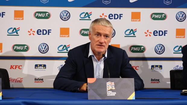Bleus- Deschamps - 'Je respecte la décision d'arrêter de Laurent Koscielny'