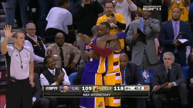 Basket : NBA - Les adieux de Cleveland à Kobe Bryant