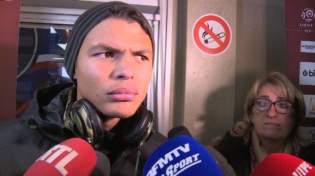 PSG - T. Silva reparle du brassard